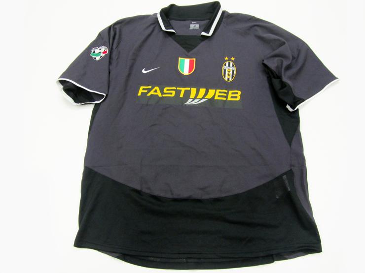 8bd0fe1bf59 David Trezeguet  a navy blue Juventus No.17 Serie A jersey season ...