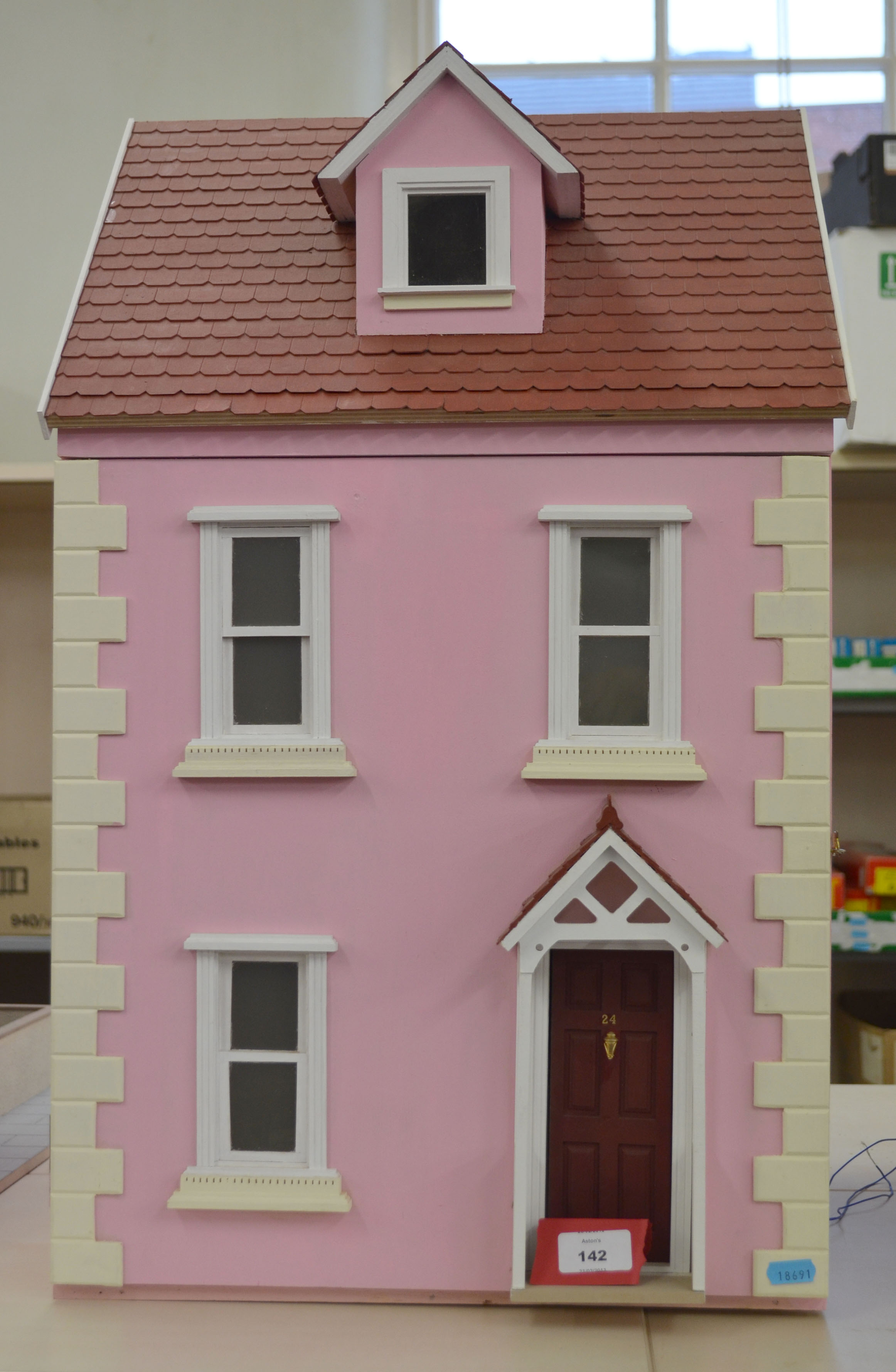 Wooden Dolls House With Electrical Wiring Three Storey Comprising Doll 142