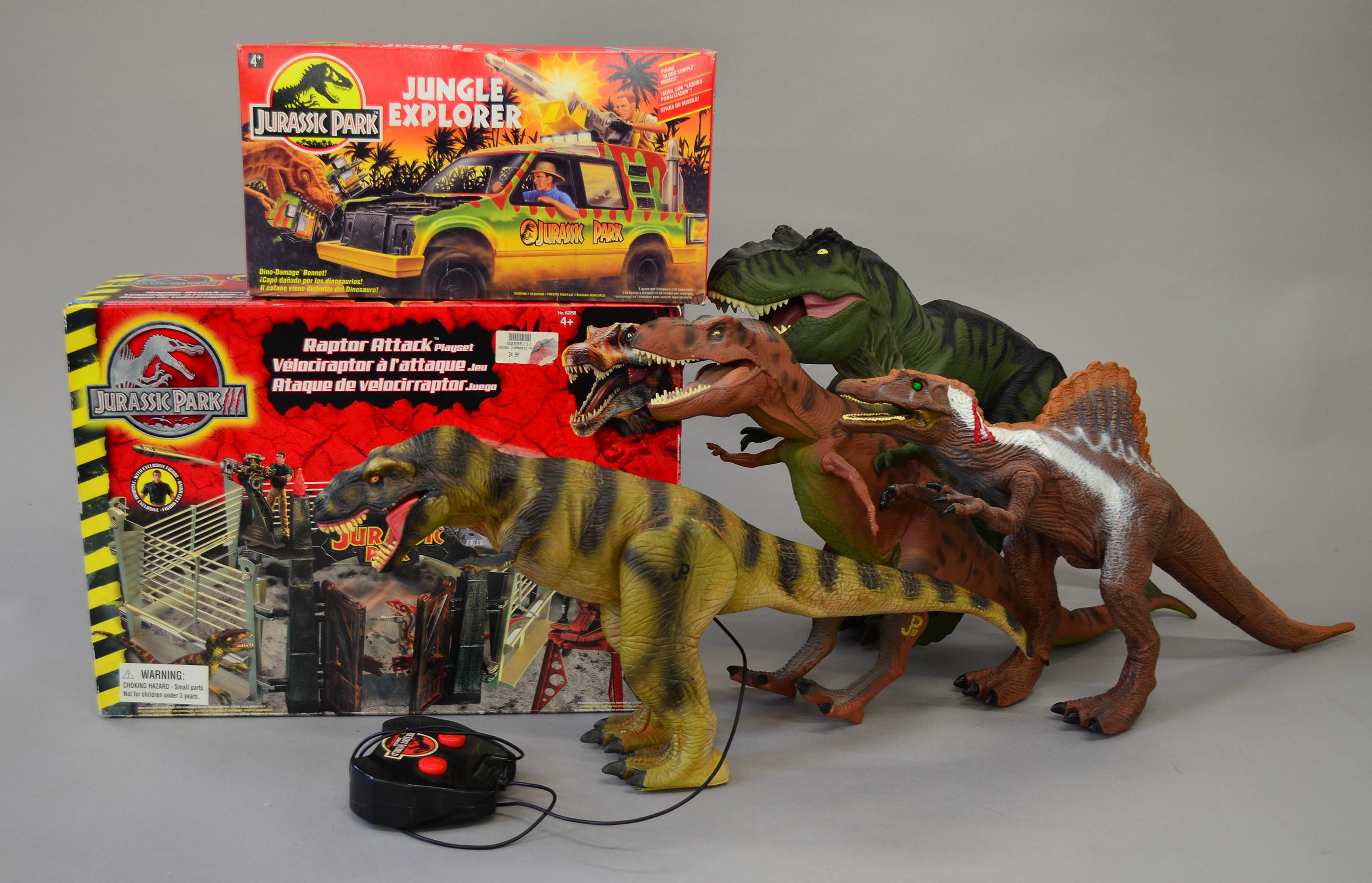 Jurassic Park Toys : Good quantity of jurassic park toys boxed kenner jungle
