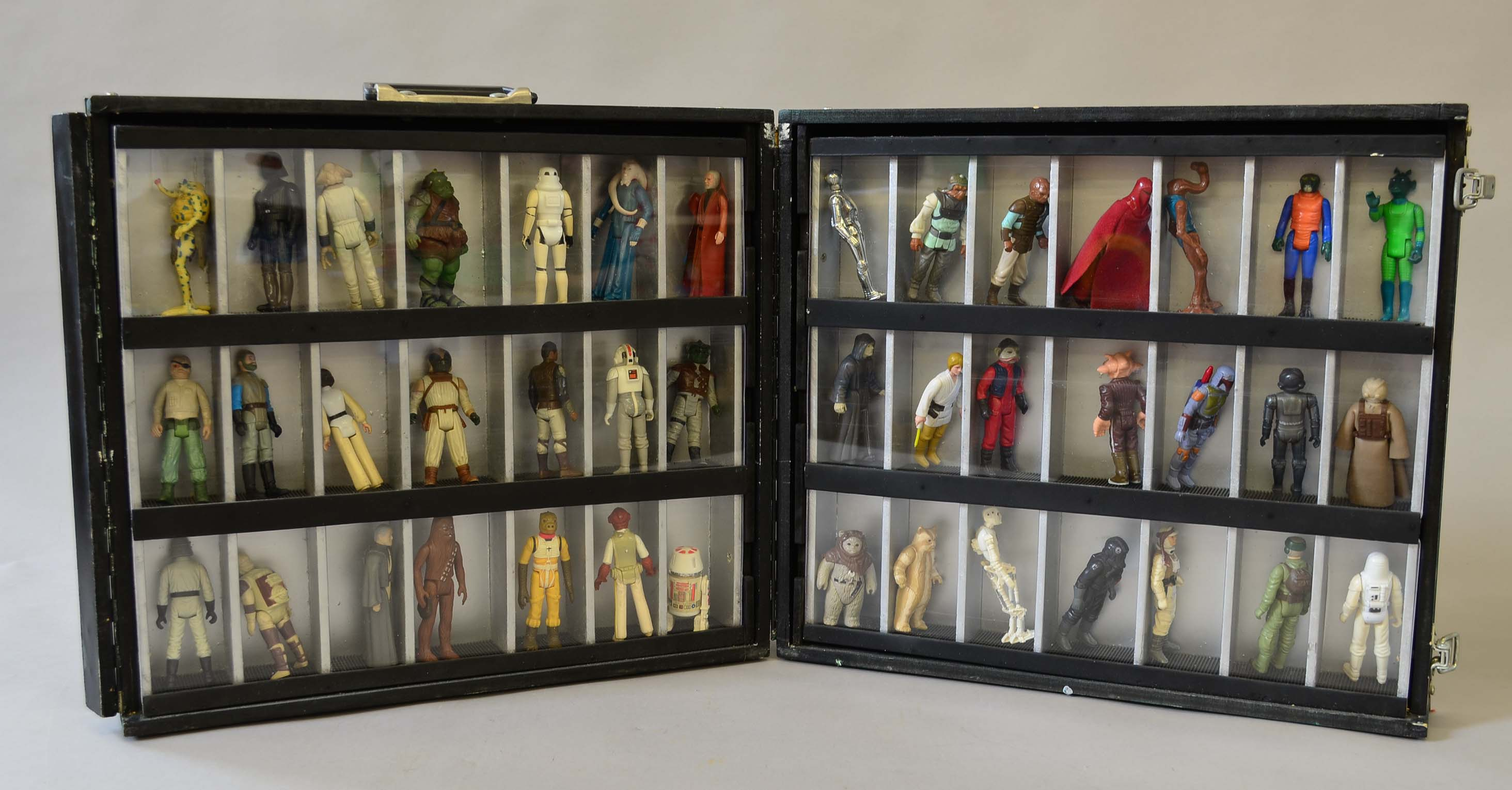 Picture of: 42 X Kenner Star Wars Action Figures Contained In A Home Made Case With Glass Display