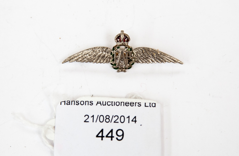 A World War Two platinum RAF wings brooch with gold to the