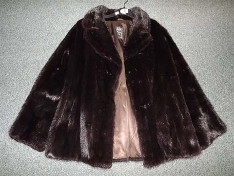 Beautiful Vintage Clothing   A Ladyu0027s Fur Coat By M Fletcher (master Furrier) Ltd Of  Southport, Fully Lined