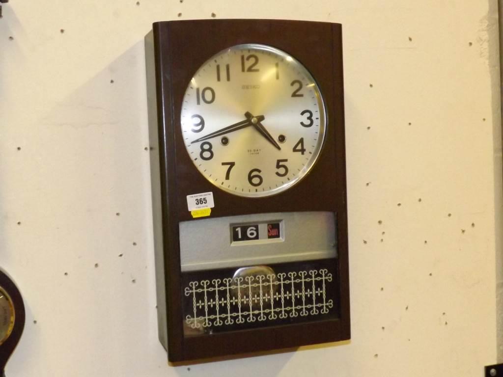 Seiko 30 Day Wall Clock A Seiko 30 Day Wall Clock In
