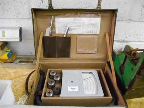 A Cased AEI Velometer