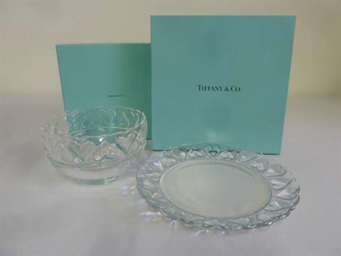 Tiffany u0026 Co clear glass cake plate and matching fruit bowl in original packaging & Tiffany u0026 Co clear glass cake plate and matching fruit bowl in ...