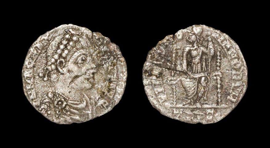 Roman Magnus Maximus - Roma Siliqua 383-388 AD, Trier mint. Obv: DN MAG MAX-IMVS PF AVG legend with