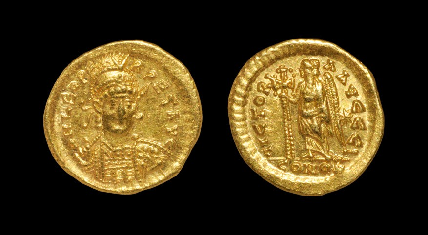 Roman Leo I - Angel Gold Solidus 462-466 AD, Constantinople mint. Obv: DN LEO PE-RPET AVG legend