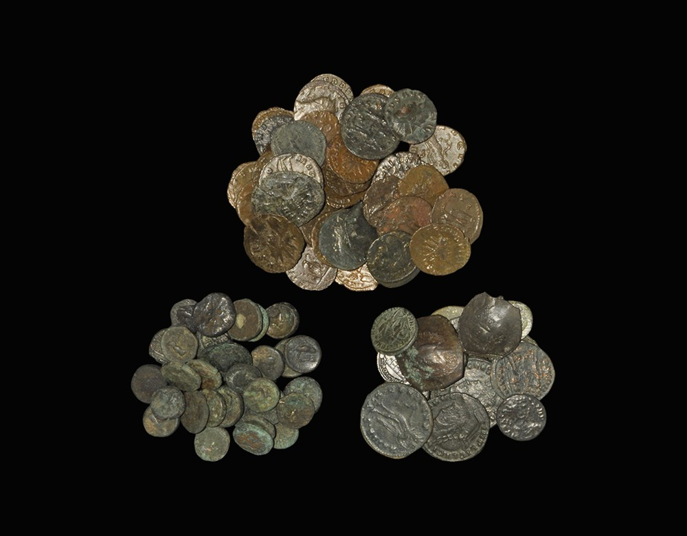 Roman and Greek Bronze Coin Group [88] 3rd-5th century AD. A mixed group of bronze coins