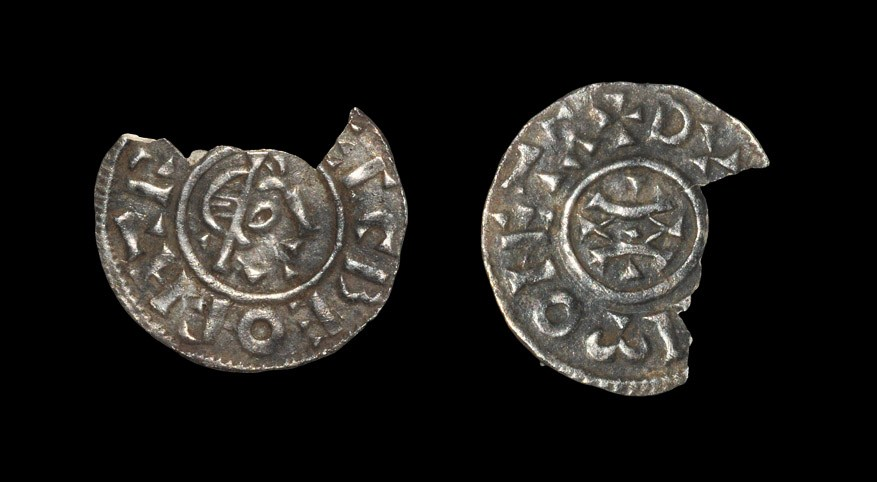 Anglo-Saxon Ecgberht of Wessex - Rochester / Dunun - Portrait Penny 823-828 AD. Obv: profile bust