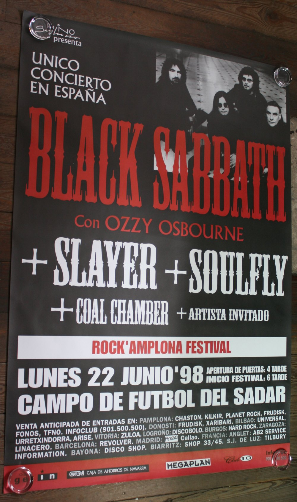 Lot 54 - BLACK SABBATH - large Spanish concert poster (54``x38``) from 22nd June 1998. The poster is rolled