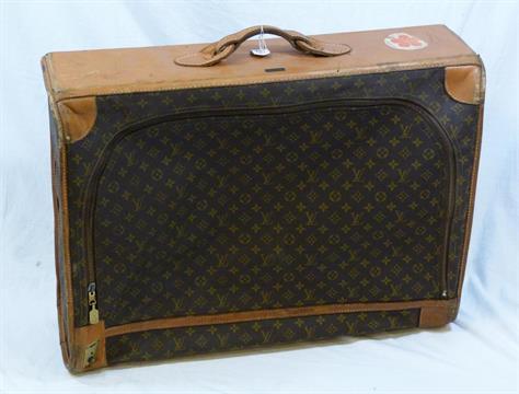 VINTAGE LOUIS VUITTON SOFT SUITCASE SAKS FIFTH AVE Vintage Louis Vuitton  brown signature monogram 33d24c0c3283d