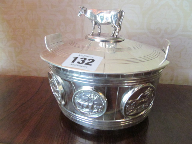Rare Irish Commissioned Antique Solid Silver Butter Dish with Dairy Cow Motif Decorated Cover above