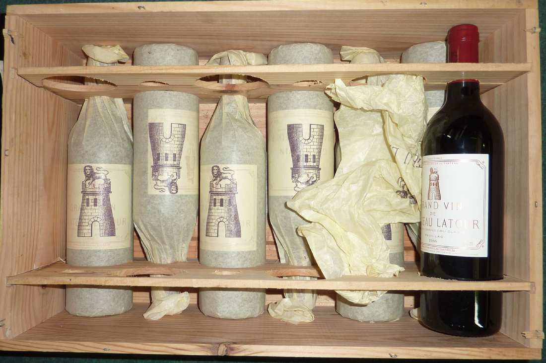 Lot 483 - Seven cased bottles of Chatteau Latour 1986 red wine