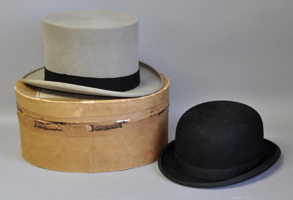 b9bc88e3da3fa Lot 2173 - A Linney London vintage grey silk lined top hat