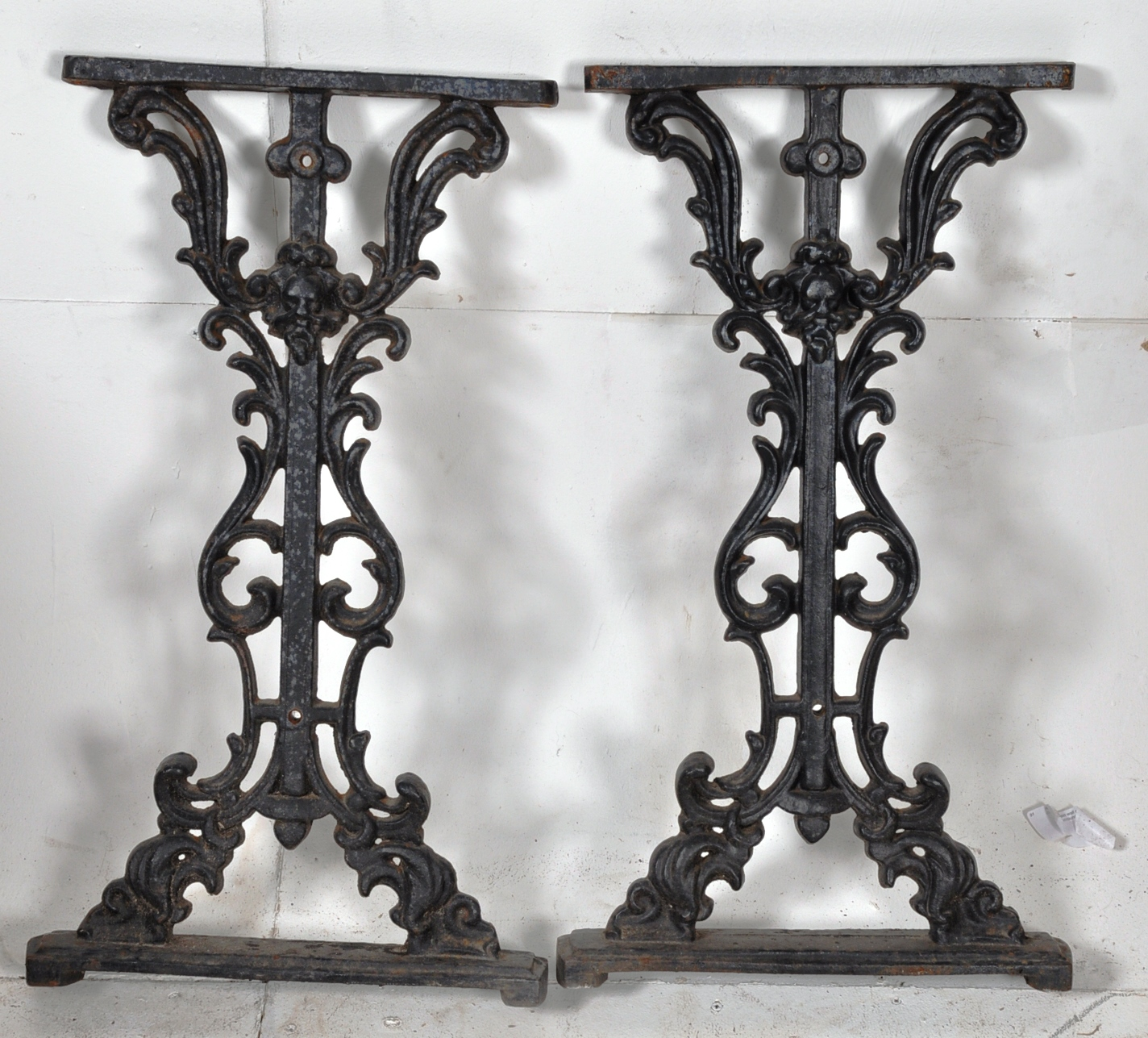lot 486 2 victorian cast iron table legs of rococo form in the style