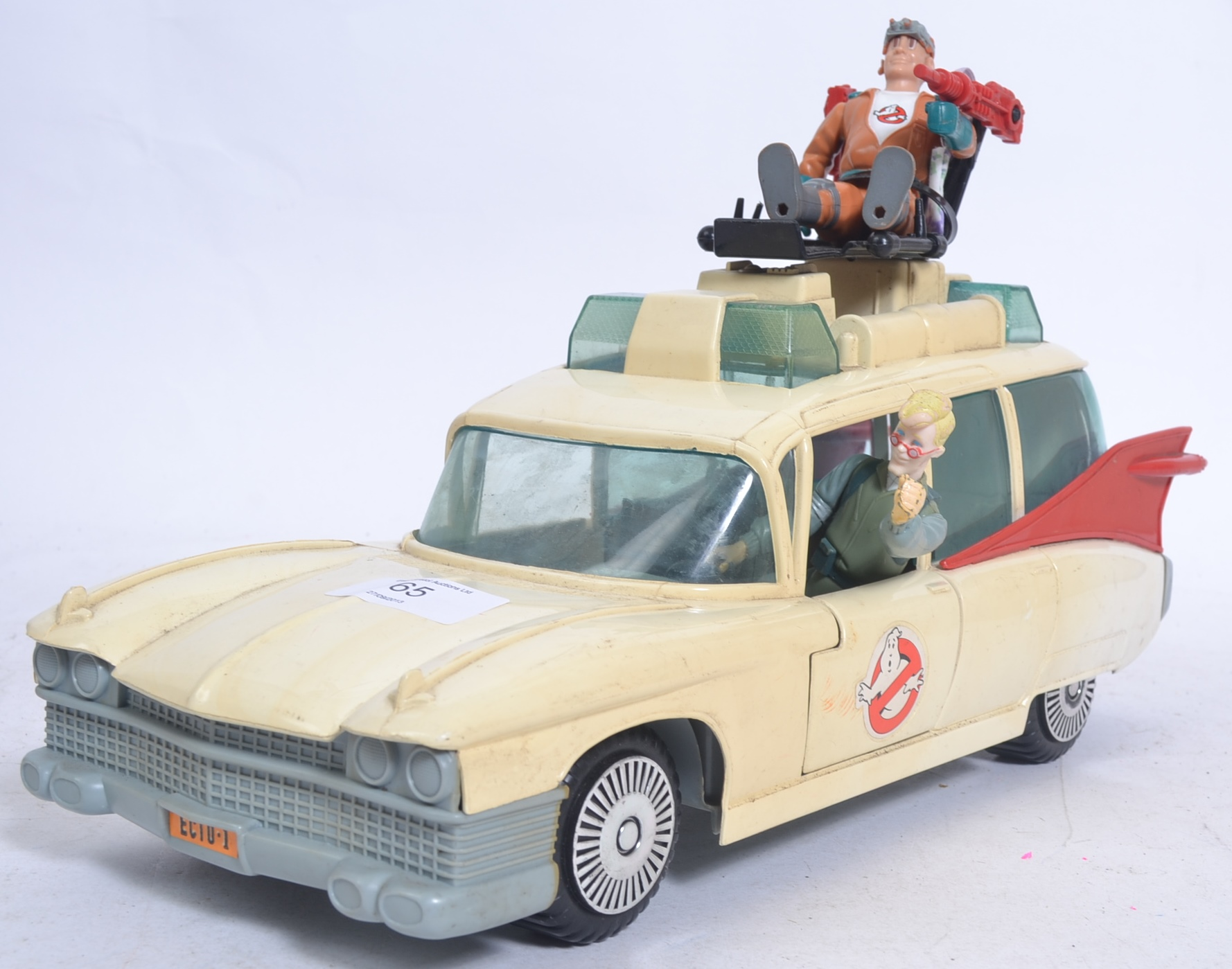 KENNER: An original The Real Ghostbusters Kenner Ecto 1 car, along with two action figures. The