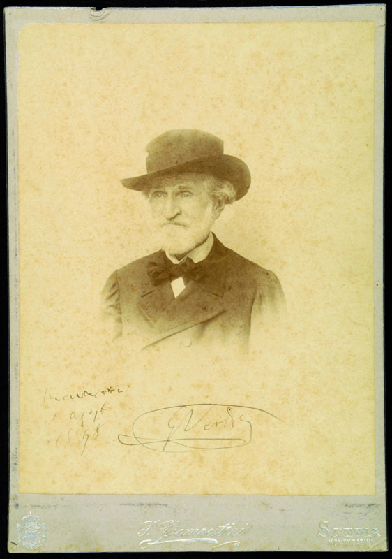 Lotto 120 - Autografi Verdi, Giuseppe (1813-1901). Bella fotografia (P. Tempestini – Spezia e Montecatini, cm