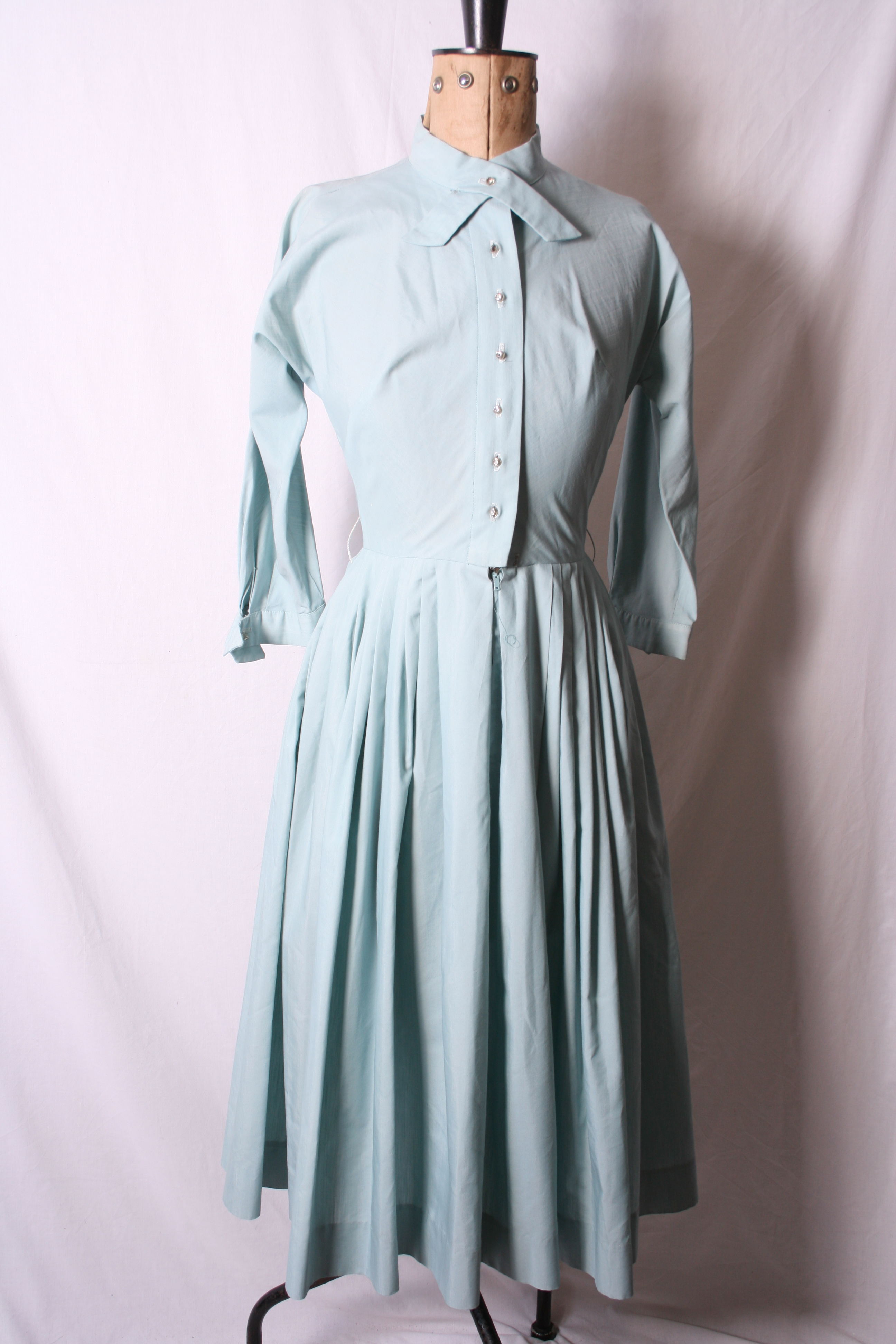 Lot 4 - Group of three good vintage day dresses: 1940s Miss Alice (California) black crepe with pleat