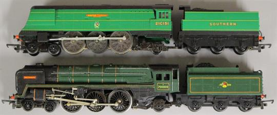 Triang Hornby Britannia locomotive and tender together with