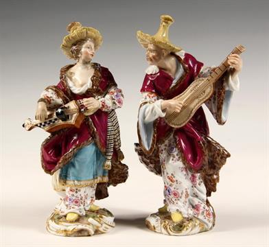Dating meissen figurines