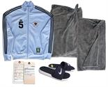 Russell Crowe Screen-Worn Gym Ensemble From ``Broken City`` Russell Crowe screen-worn ensemble