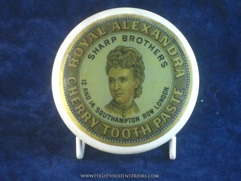 Old Pot Lid Sharp Brothers Royal Alexandra Tooth Paste London - Small professional repair to face-