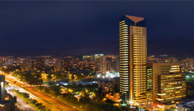 Beautiful 111m2 suite on 30th fl of the Santiago Marriott Hotel.