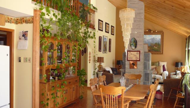 Executive style home in the Kawartha Lakes area