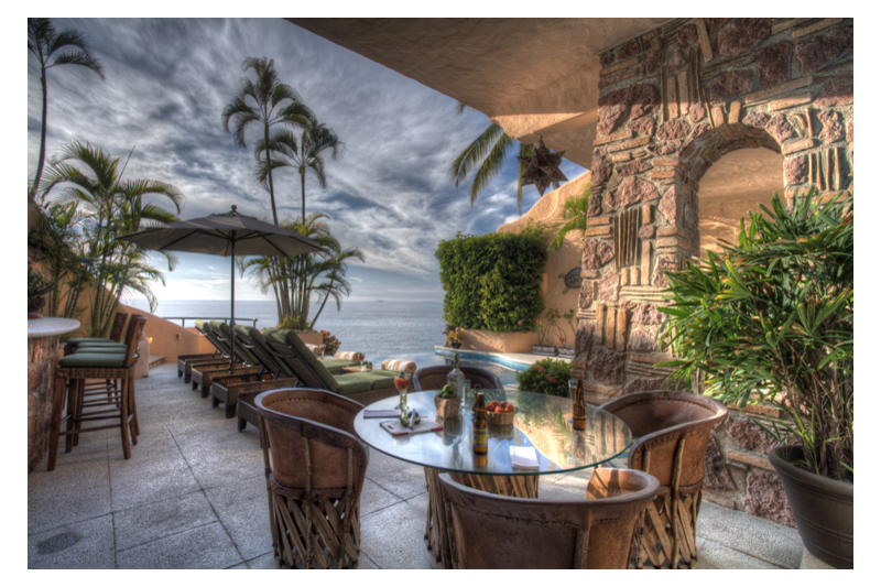 Stunning Beachfront Villa with Full staff