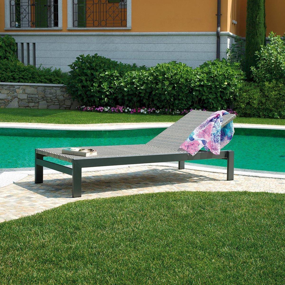 Lettino da giardino sapri by outdoor selection lovethesign for Outdoor giardino