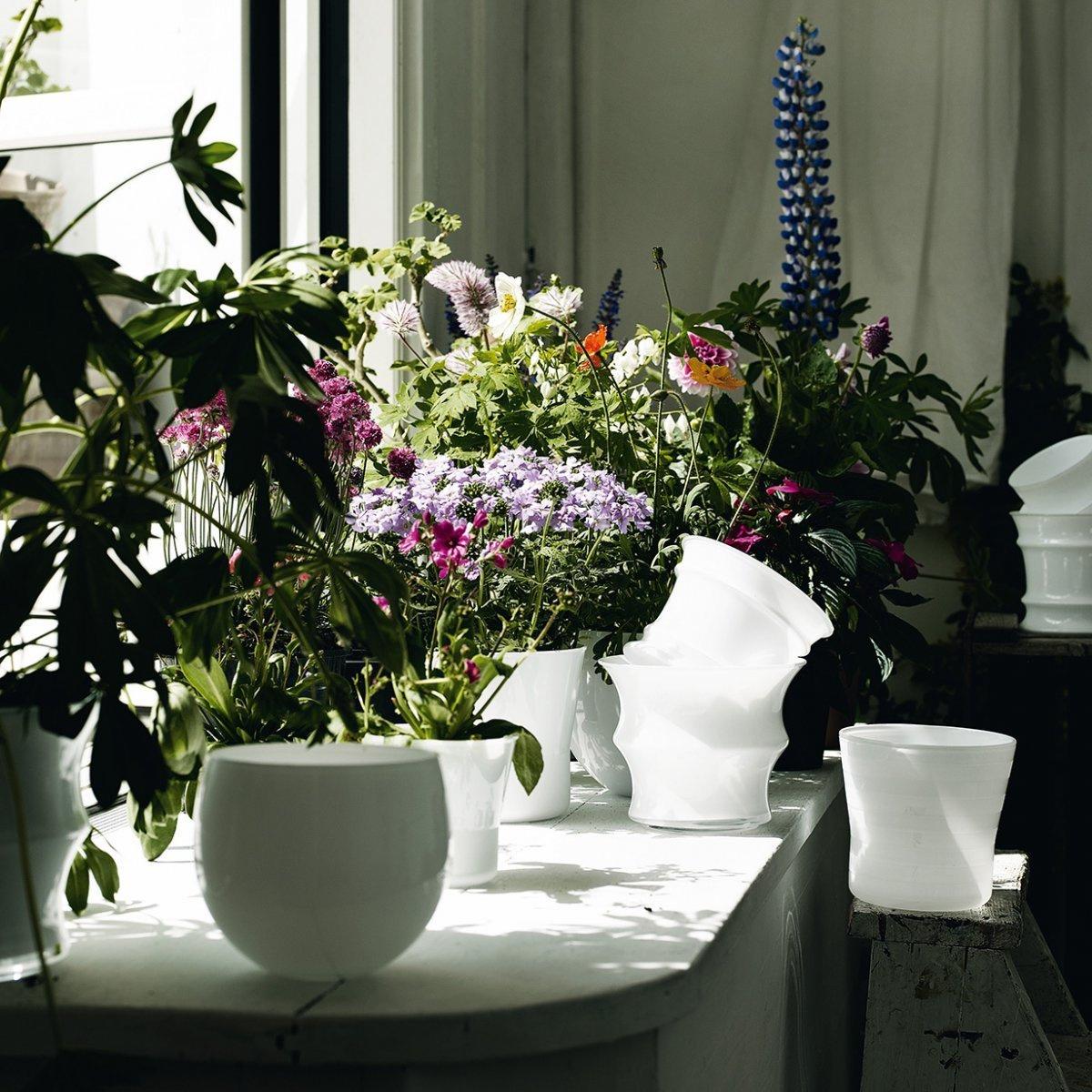 Vaso da fiori cocoon grande by holmegaard lovethesign for Fiori da vaso