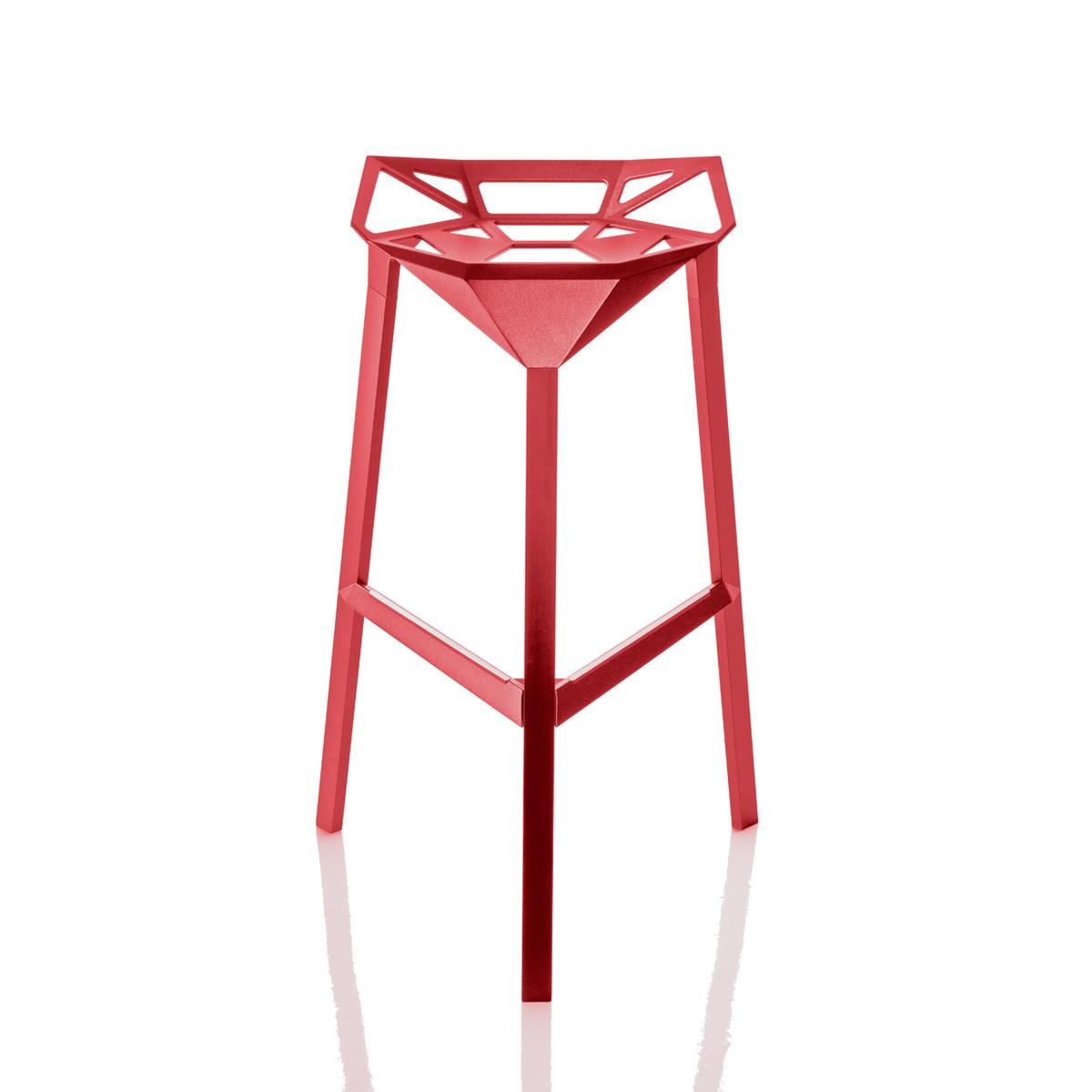 Sgabello stool one by magis lovethesign for Sgabelli impilabili