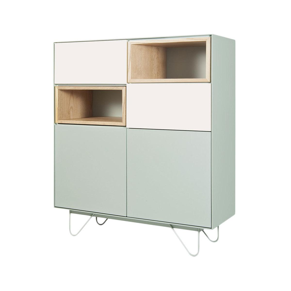 Armoire vintme avec accessoires en bois h120xl100 cm by - Location de meubles et accessoires ...