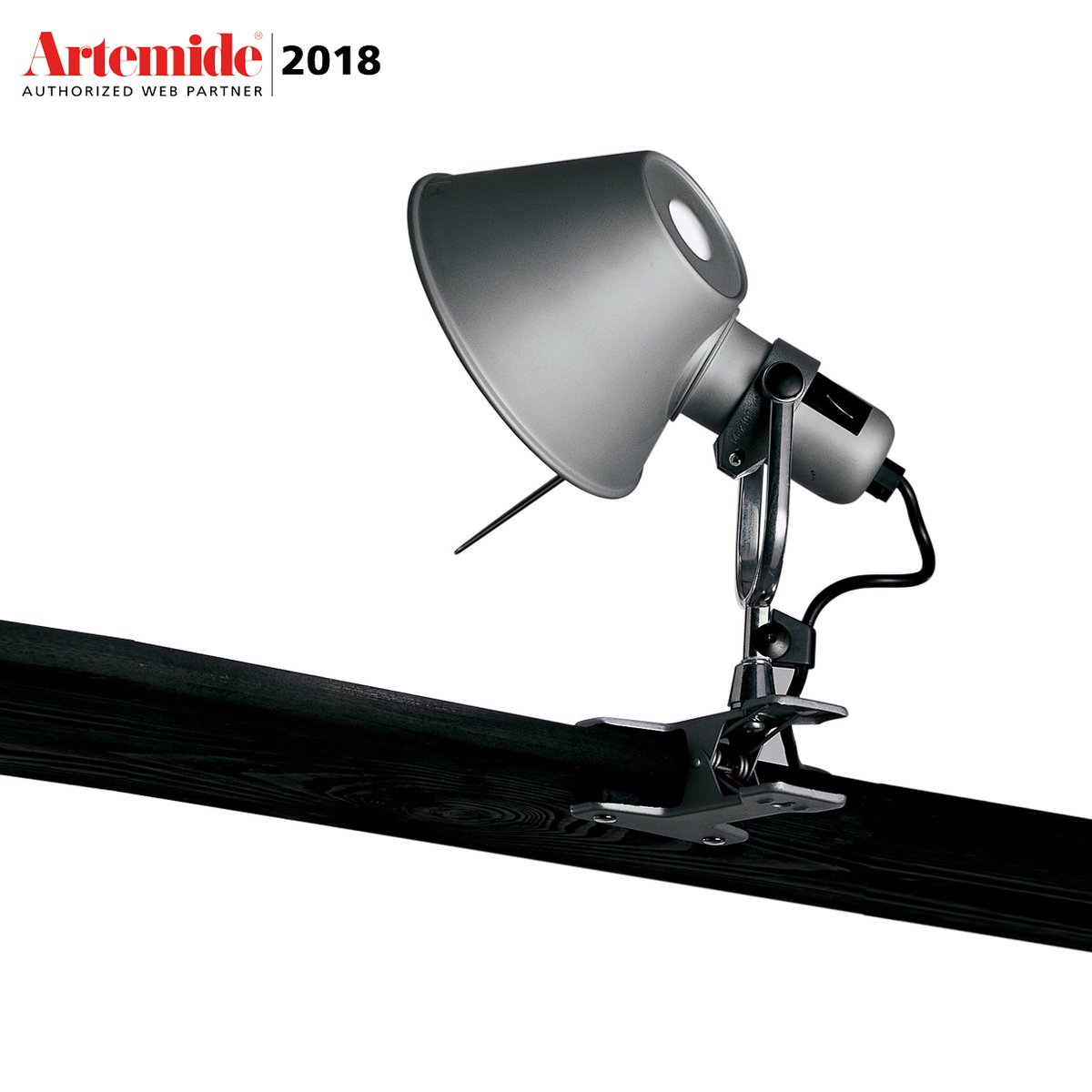 lampada da parete tolomeo micro led pinza by artemide lovethesign. Black Bedroom Furniture Sets. Home Design Ideas