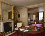 The Parlour at Carlyle's House, 24 Cheyne Row, London, the home of writer Thomas Carlyle and his wife from 1834 to 1881