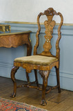 Walnut-veneered Dutch chair of late 17th -century