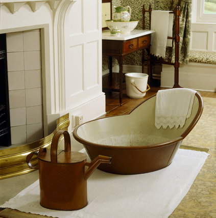 Bath and Can in the Willow Bough Bedroom