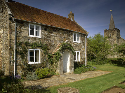 Rose Cottage, an NT Holiday Cottage, in Mottistone Village