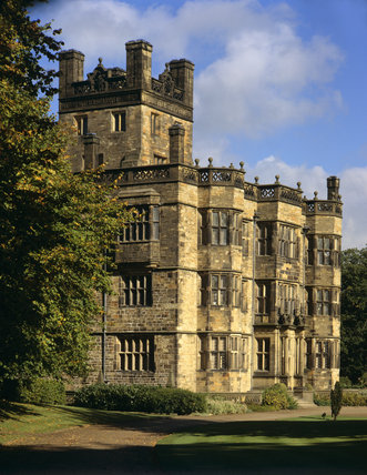 Exterior view of Gawthorpe Hall in Lancashire