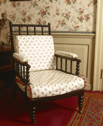 Jane Carlyle's chair at Carlyle's House, 24 Cheyne Row, London, the home of writer Thomas Carlyle and his wife from 1834 to 1881