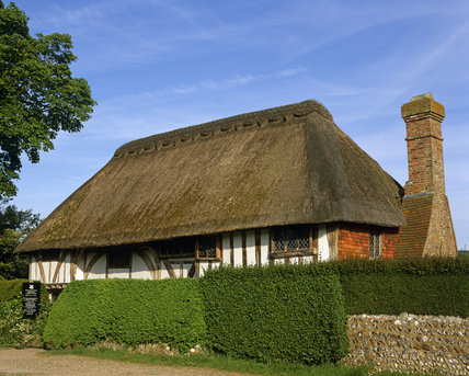 A view of the thatched C14th. Clergy House at Alfriston