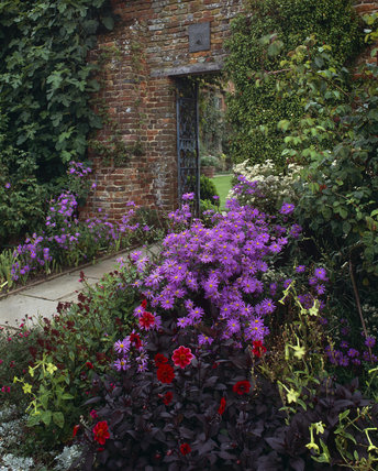 The gateway to the Courtyard at Sissinghurst in September 1992