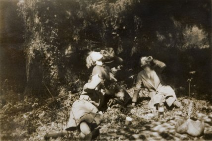 Archive photograph of three members of the Ferguson Gang enjoying a picnic in 1935