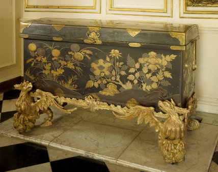 Late C17th or early C18th Japanese lacquer coffer mounted on a rococo George II giltwood stand, from the staircase Hall