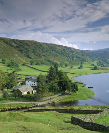 Fold Head Farm, Watendlath, a family-run sheep and beef farm situated by a peaceful tarn offering bed and breakfast