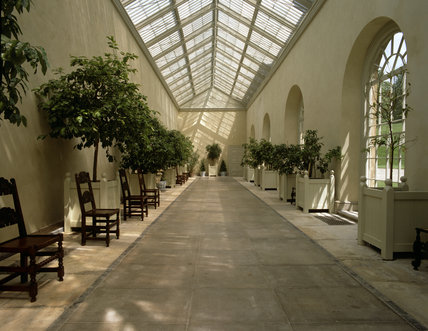This shows the Orangery (Greenhouse) which is connected to the house, this is unusual, as at the time of building Dyrham (1692- 1704), these buildings were usually seperate constructions