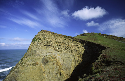 The shear edge of a crumbling cliff at Sandy Mouth near Bude on the north coast of Cornwall