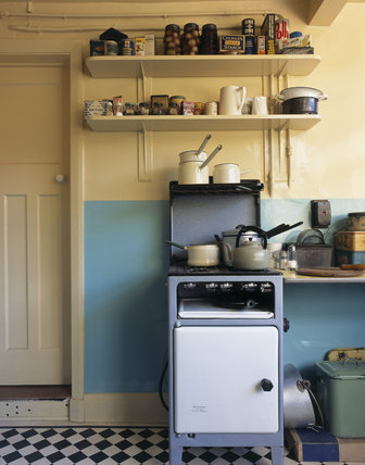 The Kitchen cooker and shelves above at Mendips