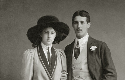 Photograph of Beryl and Graham Ash taken in 1912, hanging in the Lookout Room at Packwood House