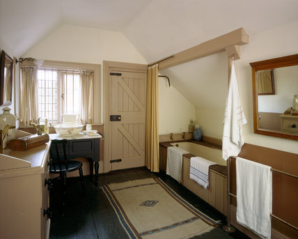 The Servants Bathroom In The Tower At Wightwick Manor
